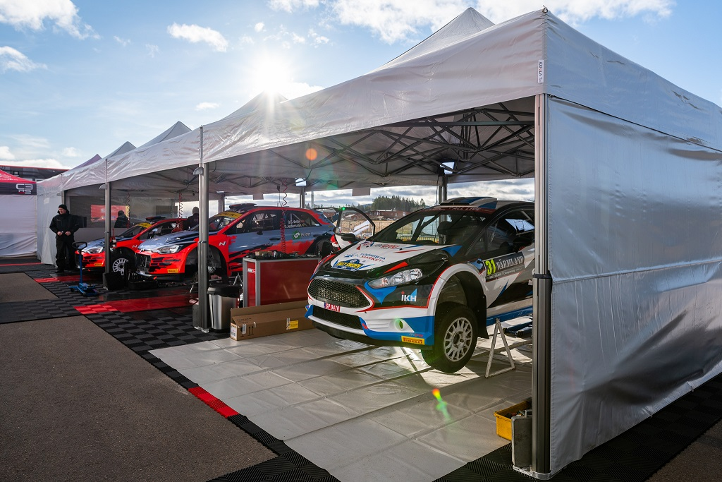 Roland Poom ja Ken Järveoja alustavad Rootsis esimest MM-hooaega R5 autoga